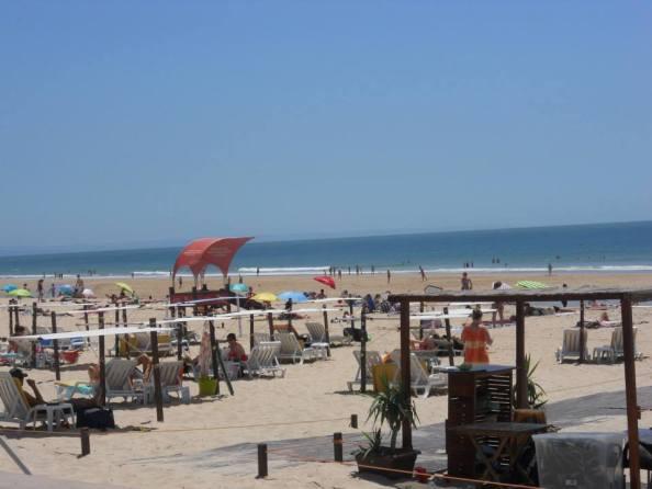 La spiaggia di Carcavelos e i suoi sport