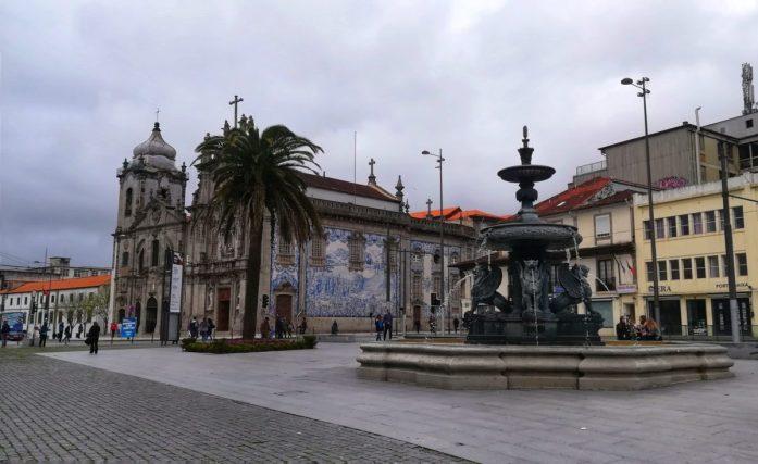 48 ore per visitare Porto tra le sue splendide piazze