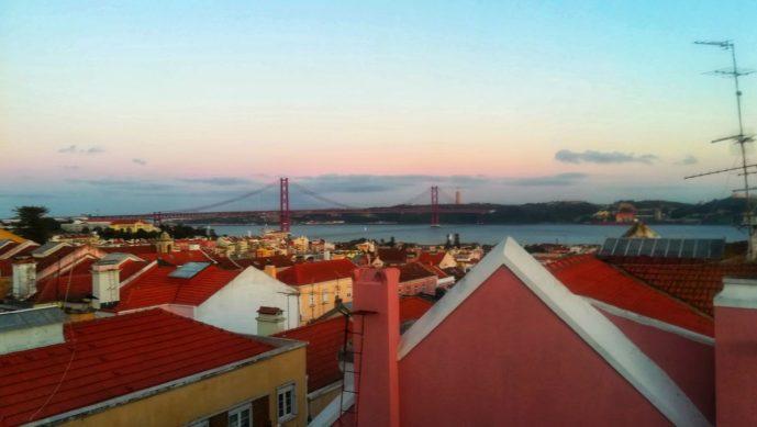 Quando essere una expat diventa un problema, Lisbona al tramonto