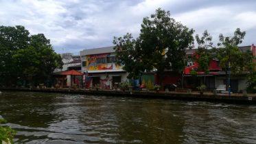 Gita in giornata a Malacca per vederne i graffi