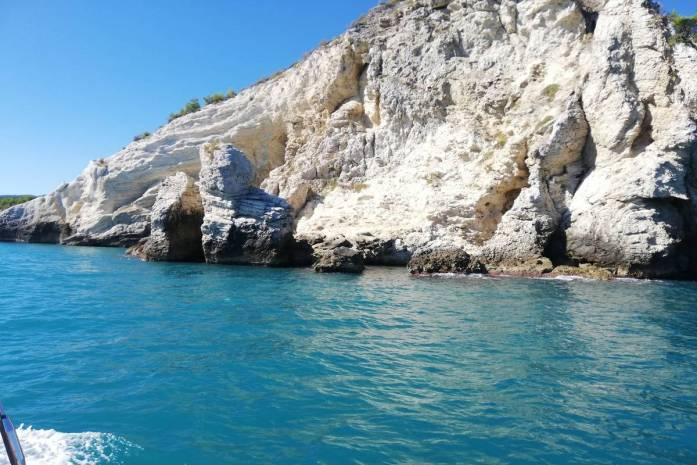 grotte della costa viestana