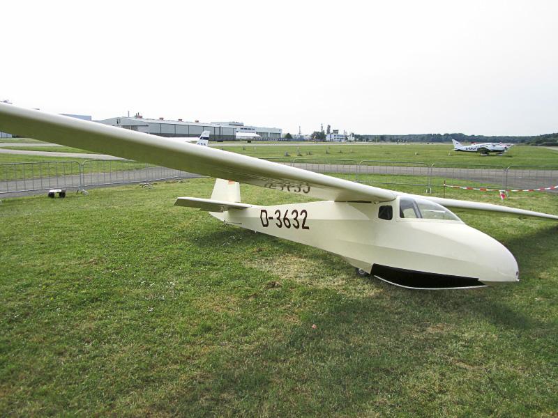 D 3632 1 - Flugzeuge