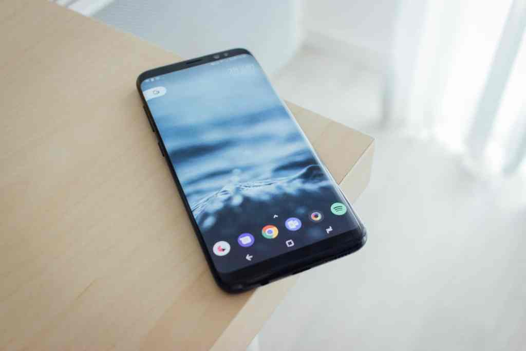 Top 5 Best Smartphones of 2017 [Basically the High-end Ones] - 6