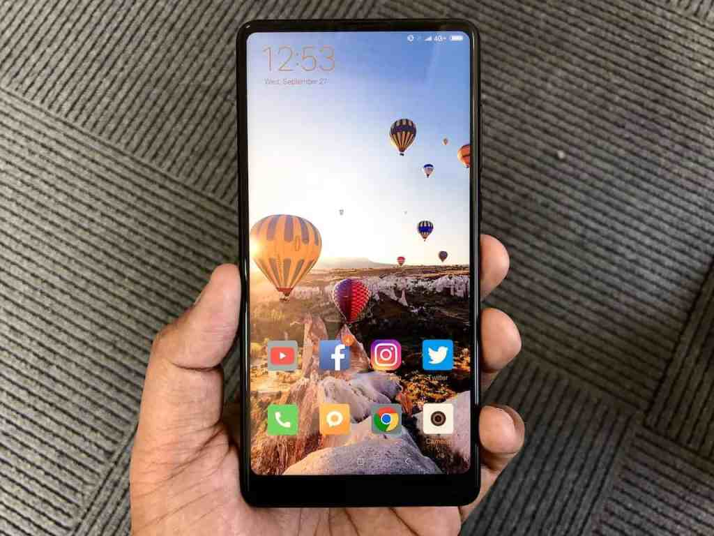 Top 5 smartphones expected to launch at MWC 2018 - 9