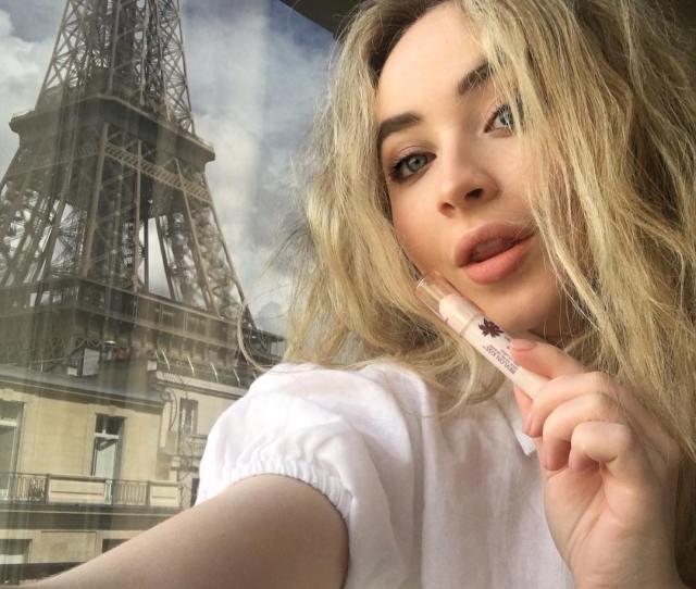 Sabrina Carpenter Instagram Username