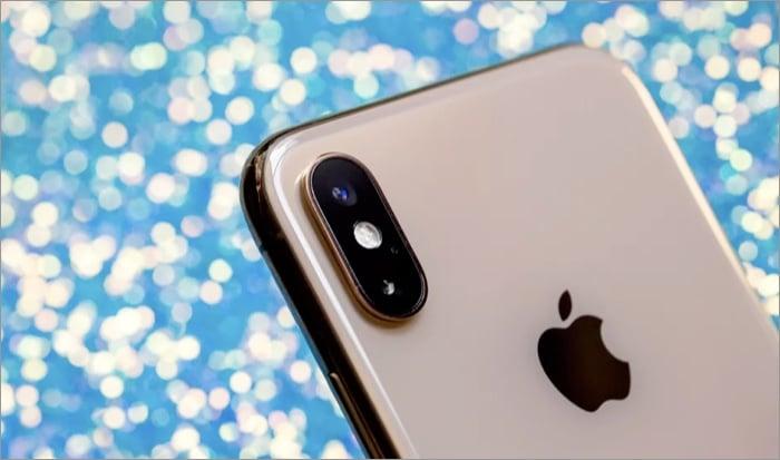 iPhone - индустрия телефонов Apple прервалась