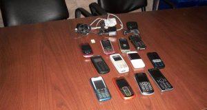Percheziţii în celulele deţinuţilor: Îşi ascund cartelele telefonice în ciorapi