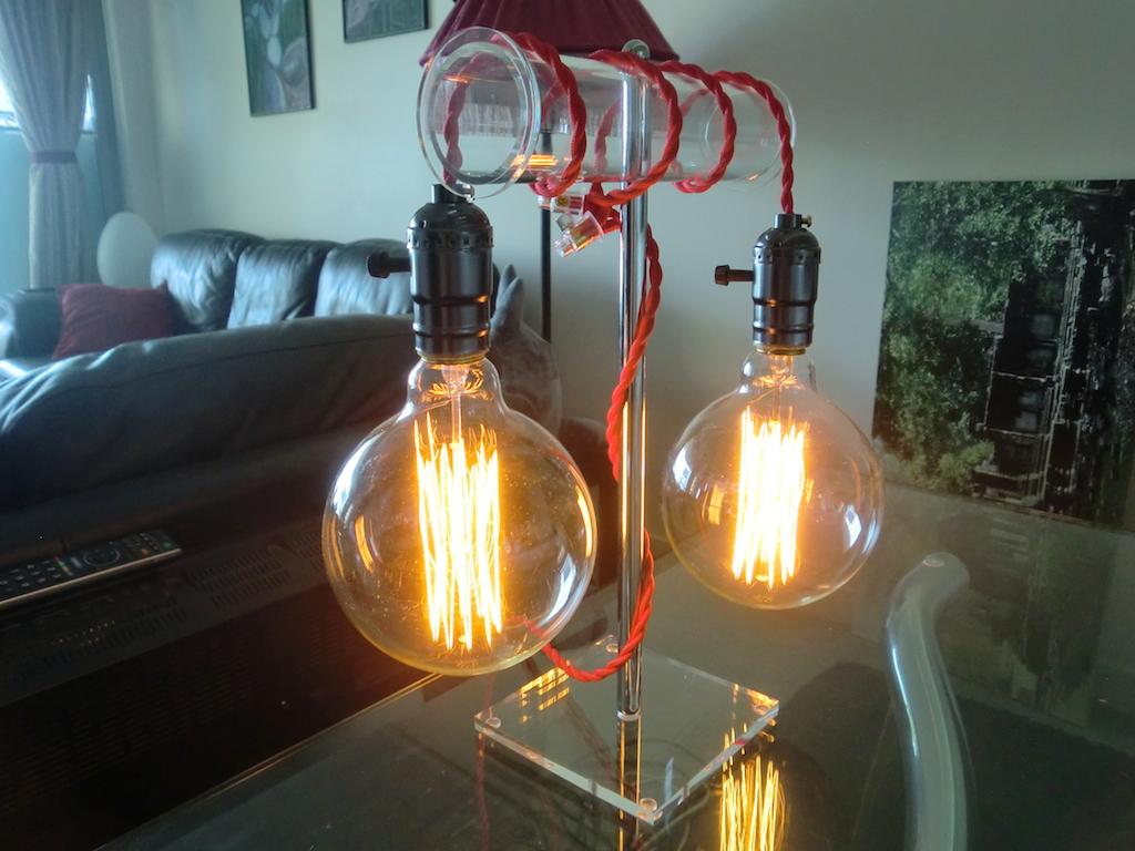 vintage style edison light bulb table