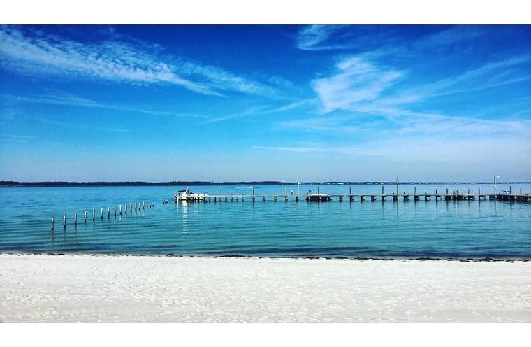 pensacola bay side beach view