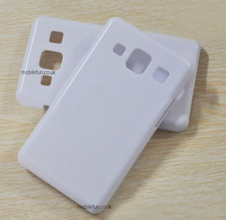 http://www.ihelplounge.com/first-leaks-images-of-samsung-galaxy-s-iv/