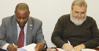 IHMT e INASA/Guiné-Bissau assinam acordo de cooperação