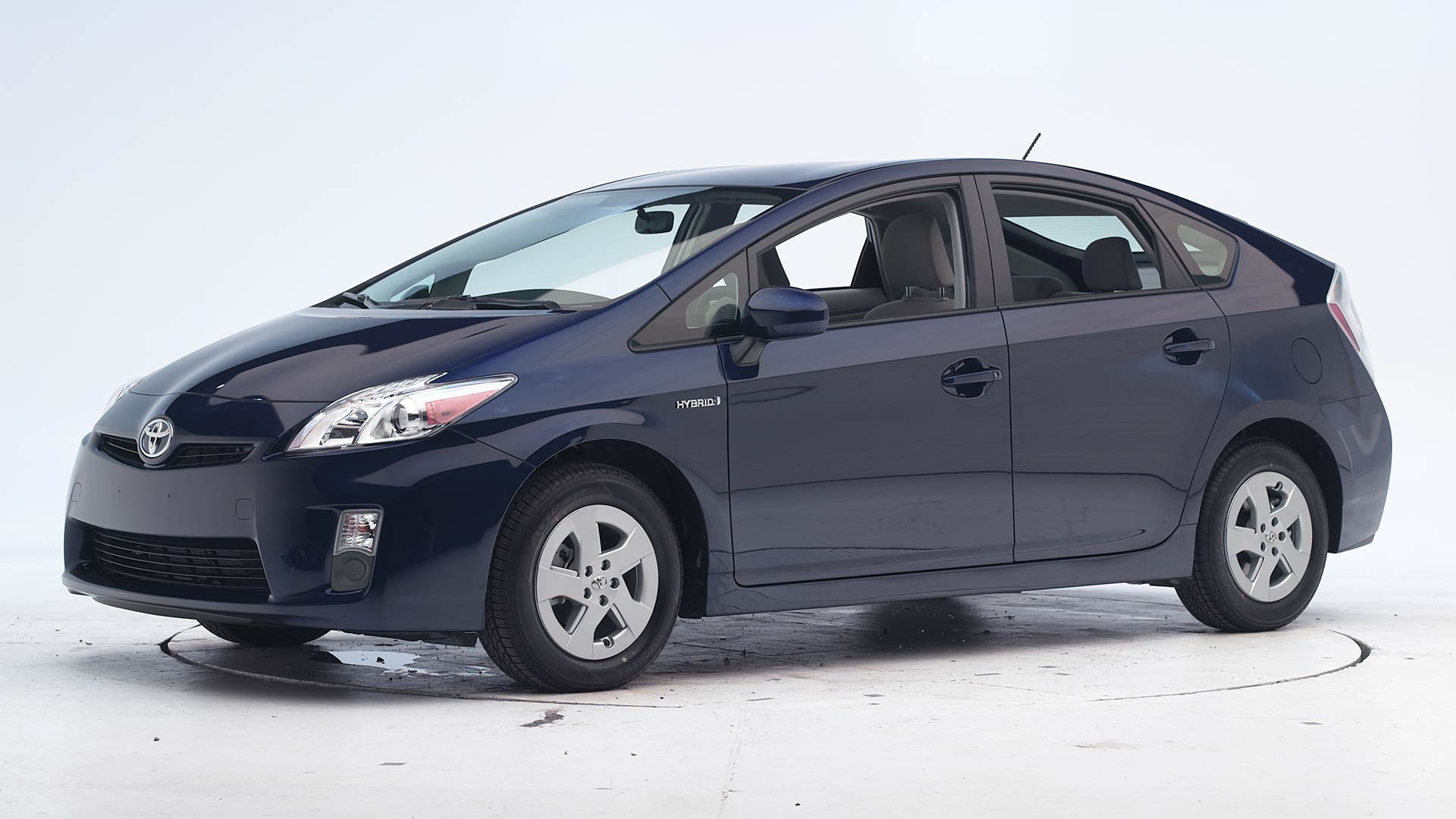 How much cargo space does the toyota prius v have? 2011 Toyota Prius