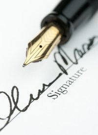 Handwriting Analyst Can Reveal Forged Signatures