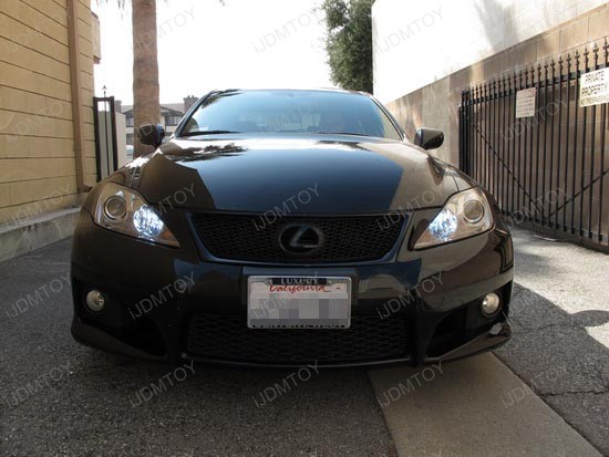 Lexus IS DRL 2