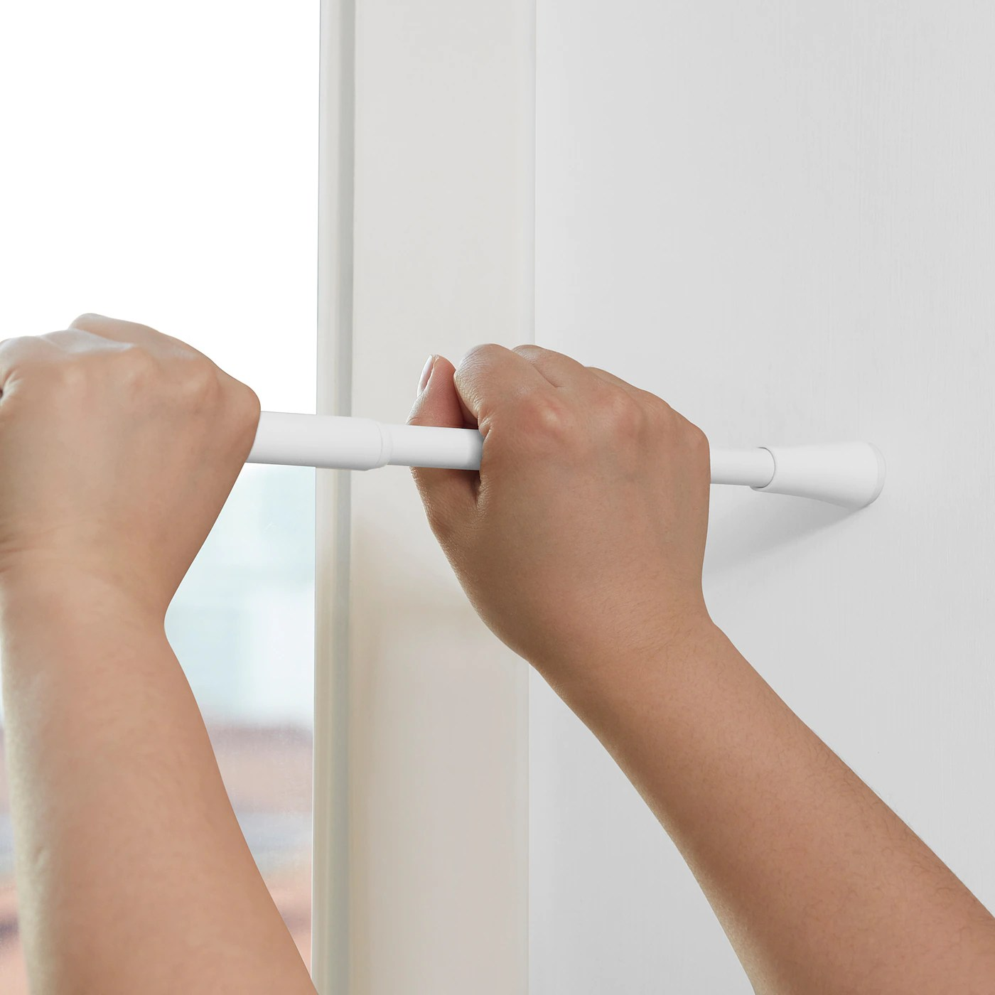 fjadrande curtain rod white 70 120 cm