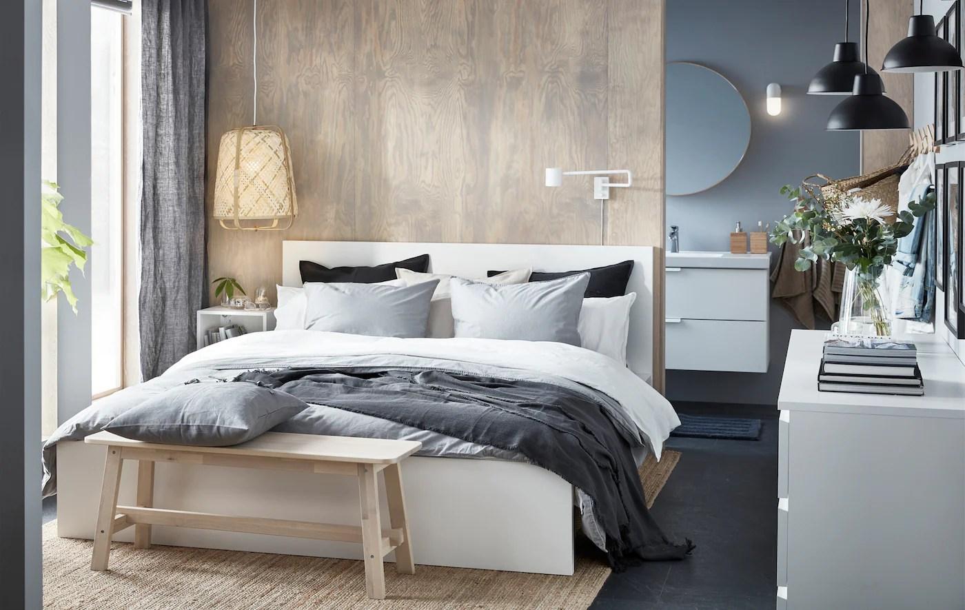 Elegante Minimalismo In Una Piccola Camera Da Letto Ikea