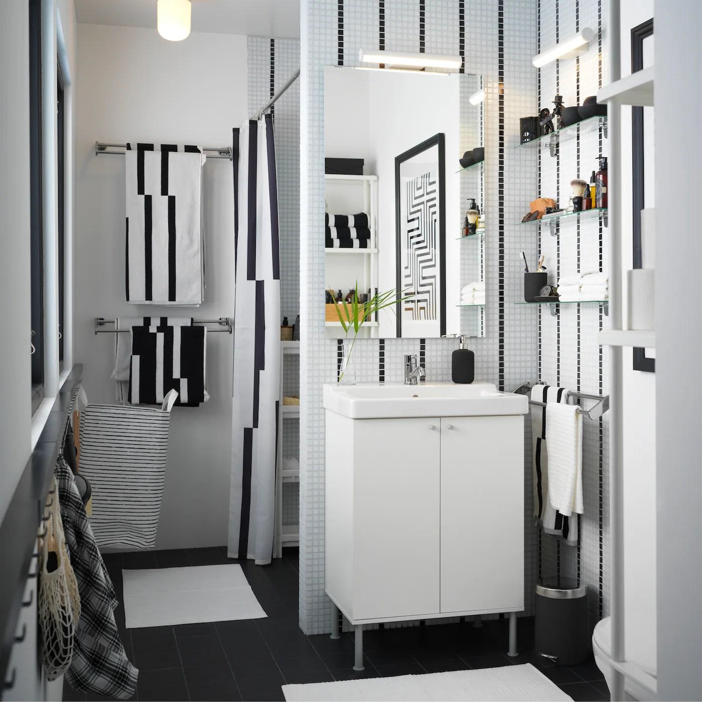 salle de bain fonctionnelle ikea
