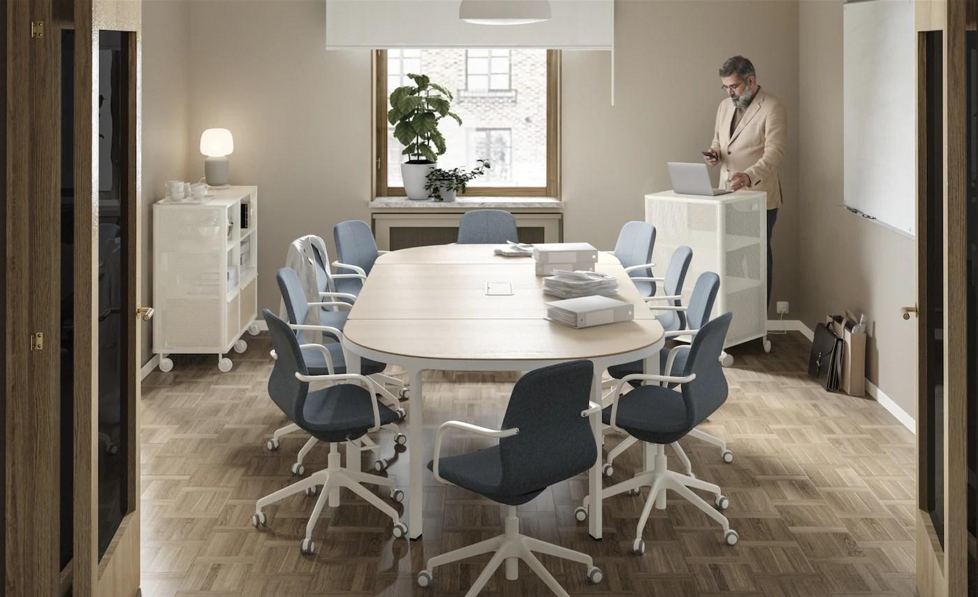I mobili e gli elementi contenitori del nostro assortimento ti aiutano a tenere tutto in ordine e a trovare facilmente quello che ti serve. Arredamento Per L Ufficio Ikea It