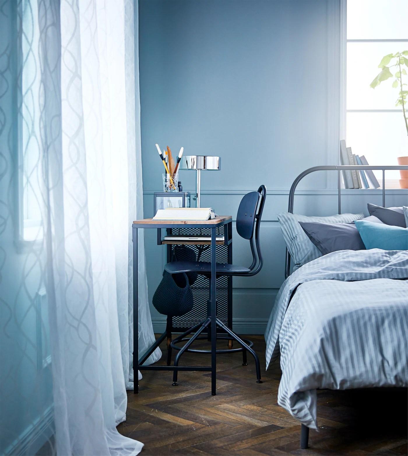 Scrivania ikea piccolissima con combinazione mobili da parete. Come Creare Uno Studio In Qualsiasi Angolo Della Casa Ikea Svizzera