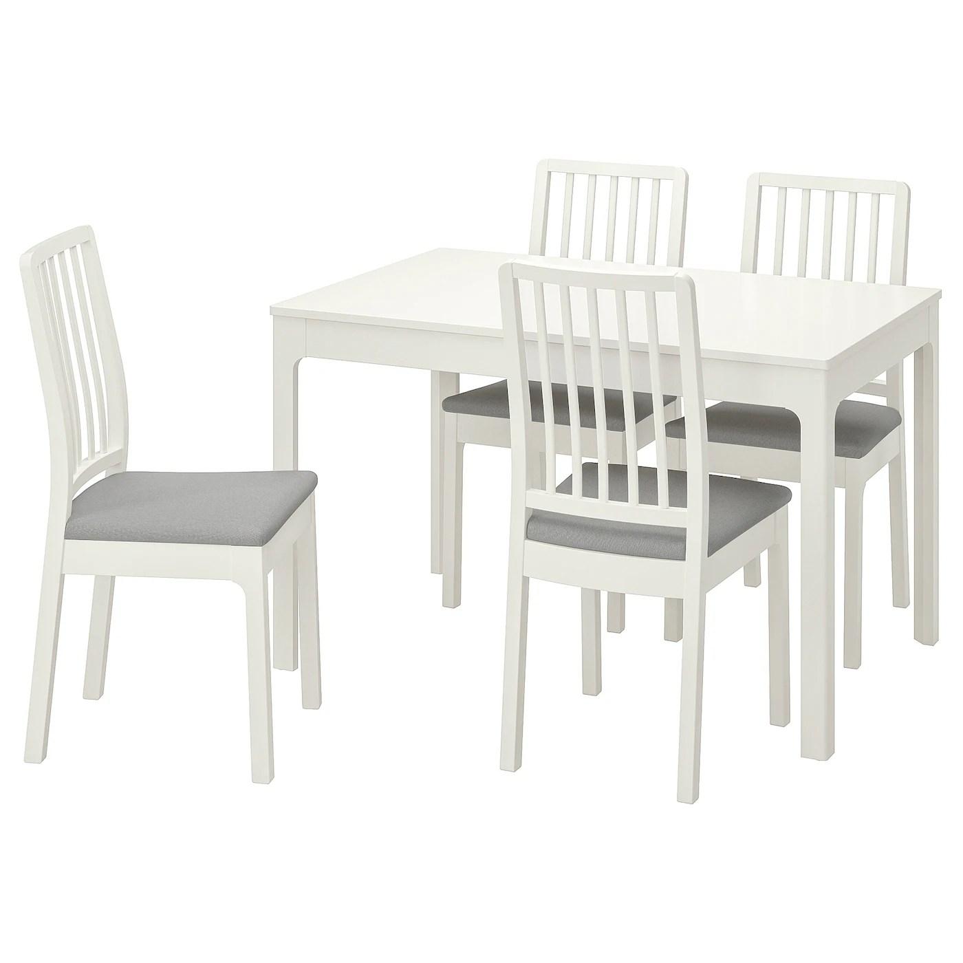Radice tavolo da pranzo da hugh mclaughlin in cucina con sala da pranzo ikea sedie e sgabelli da bar e di elevata lucentezza di unita da poggenpohl foto stock alamy. Set Per Zona Pranzo Ikea It