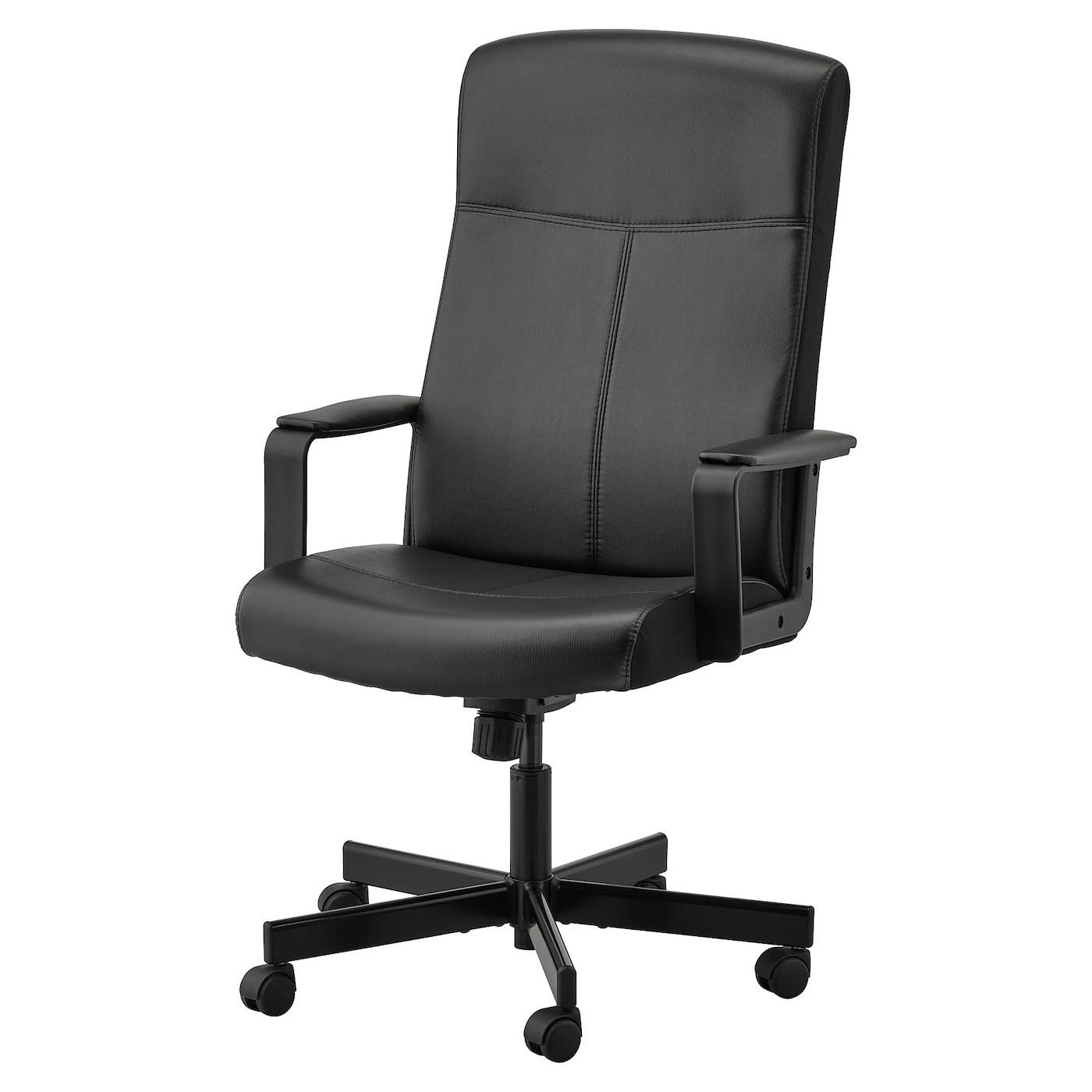 A completare il tutto c'è il supporto per le ginocchia, il che la rende perfetta sia per la vostra camera che per il vostro ufficio. Sedie Da Scrivania Ikea It
