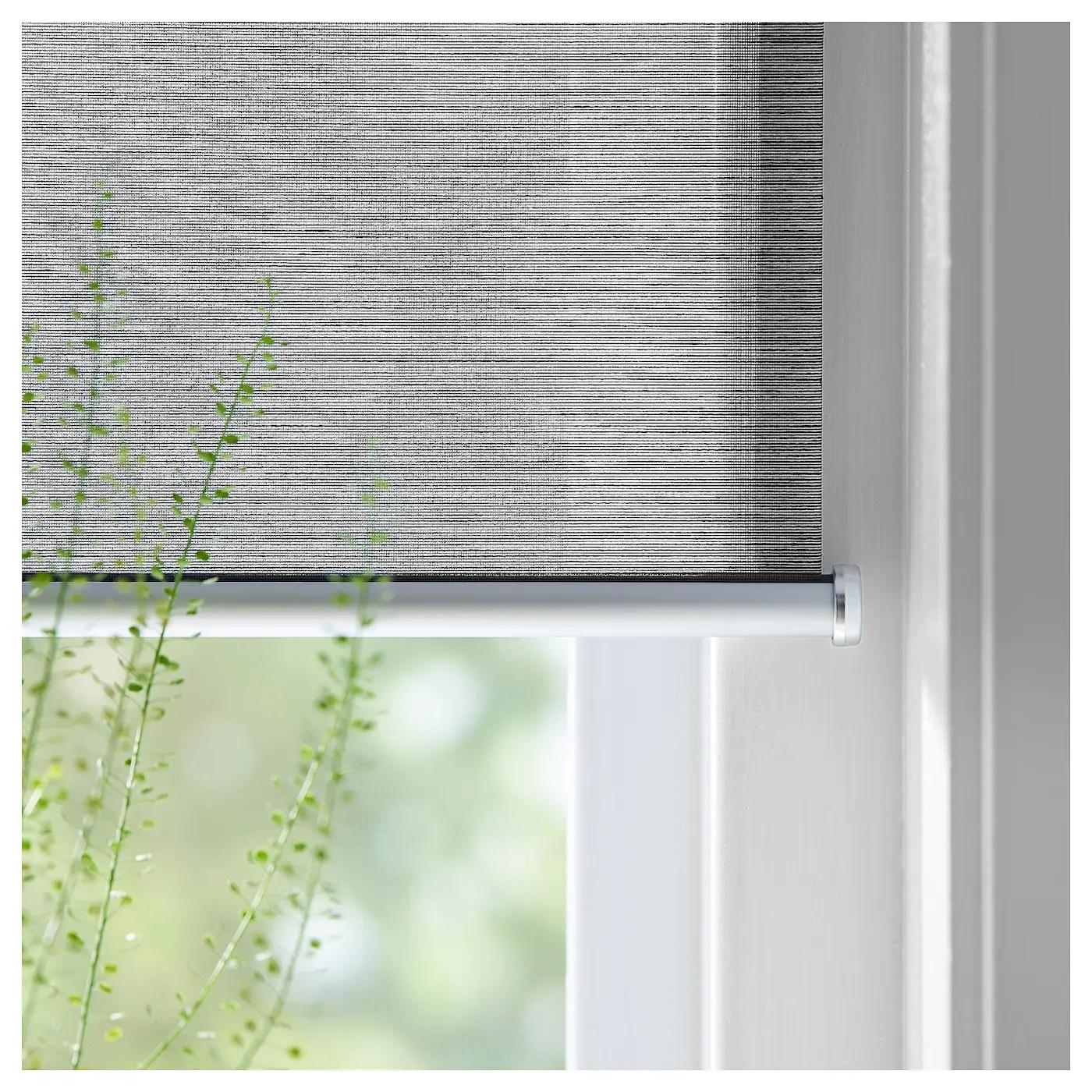 Compatibile solo con finestre per tetti e tende a marchio velux. Skogsklover Tenda A Rullo Grigio 100x195 Cm Ikea It