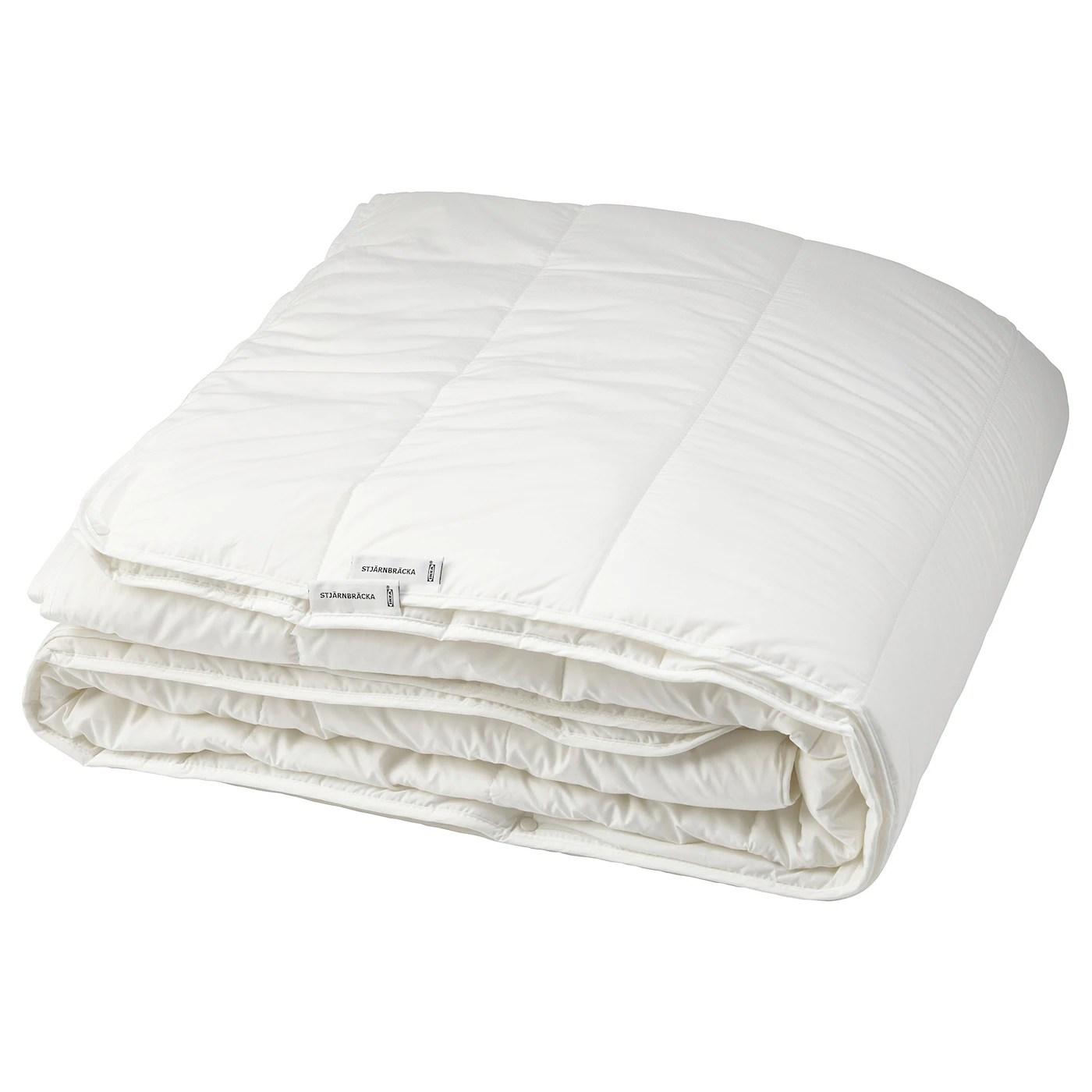 Chi ama le soluzioni molto calde e realizzate con fibre naturali può. Stjarnbracka Piumino 4 Stagioni 240x220 Cm Ikea It