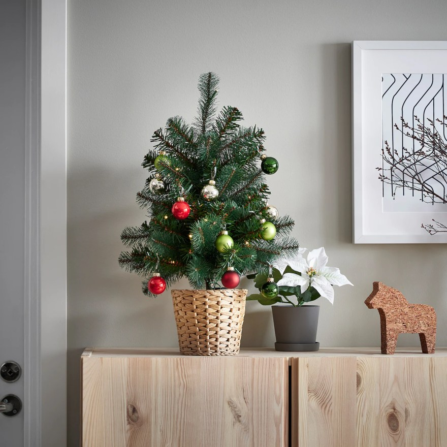 VINTER 2021 ヴィンテル 2021 人工植物(鉢) LED付き, 電池式/クリスマスツリー グリーン, 12 cm
