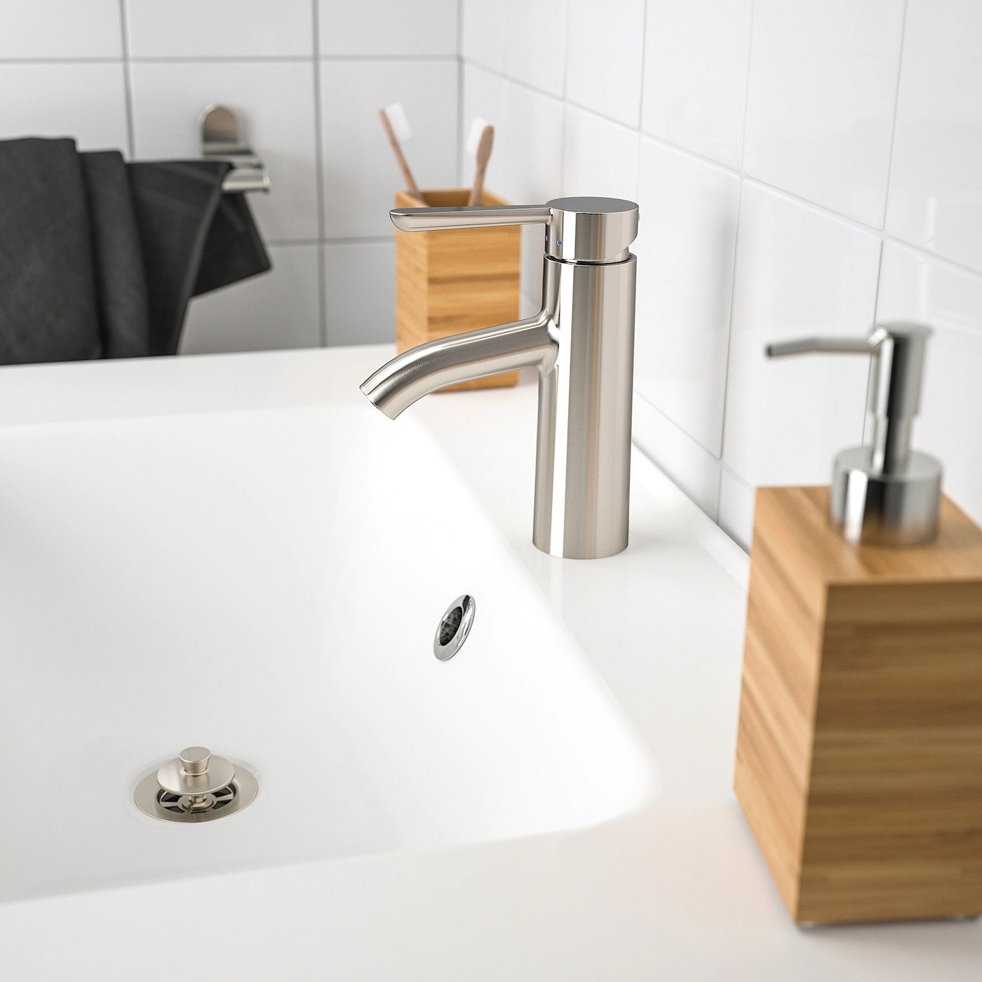 dalskar bath faucet with strainer stainless steel color