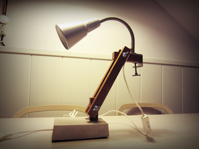 Kvart desk lamp (Industrial lamp with Fas variation)