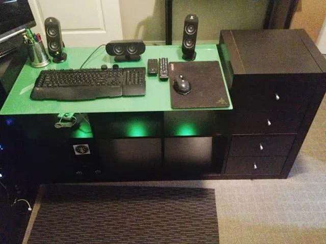 Glax Desk