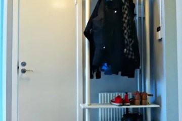 a classy tall shoe cabinet to fit small entryways ikea hackers. Black Bedroom Furniture Sets. Home Design Ideas