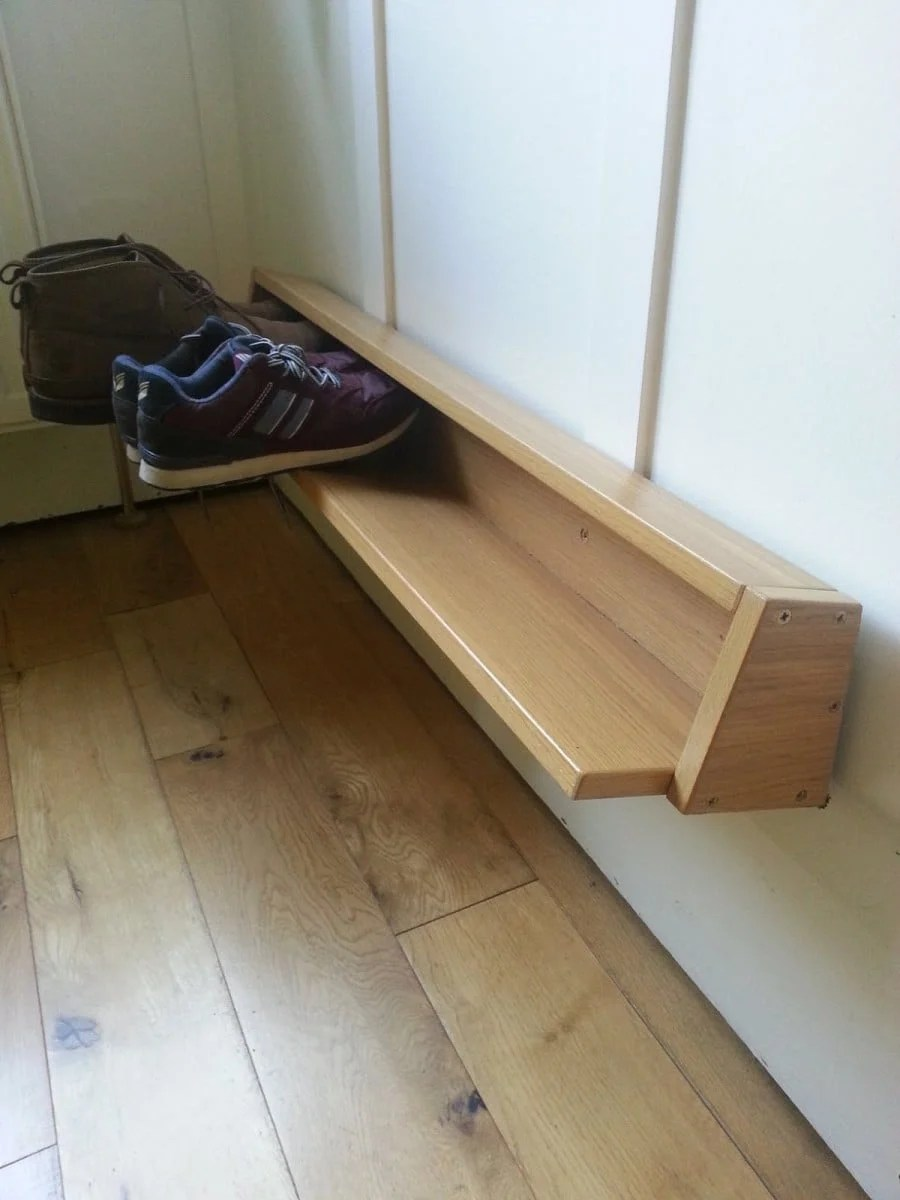 Wall mounted shoe rack from Pax door