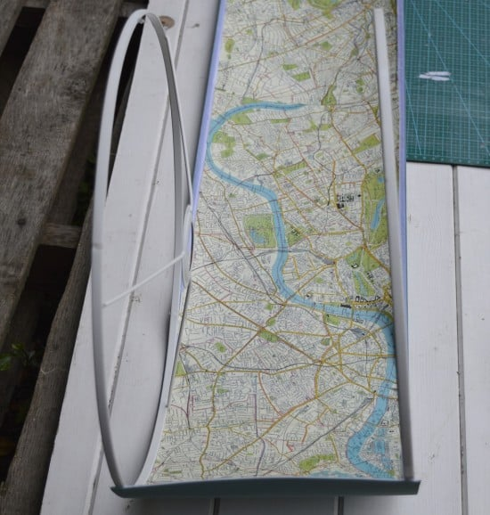 Decoupage the map