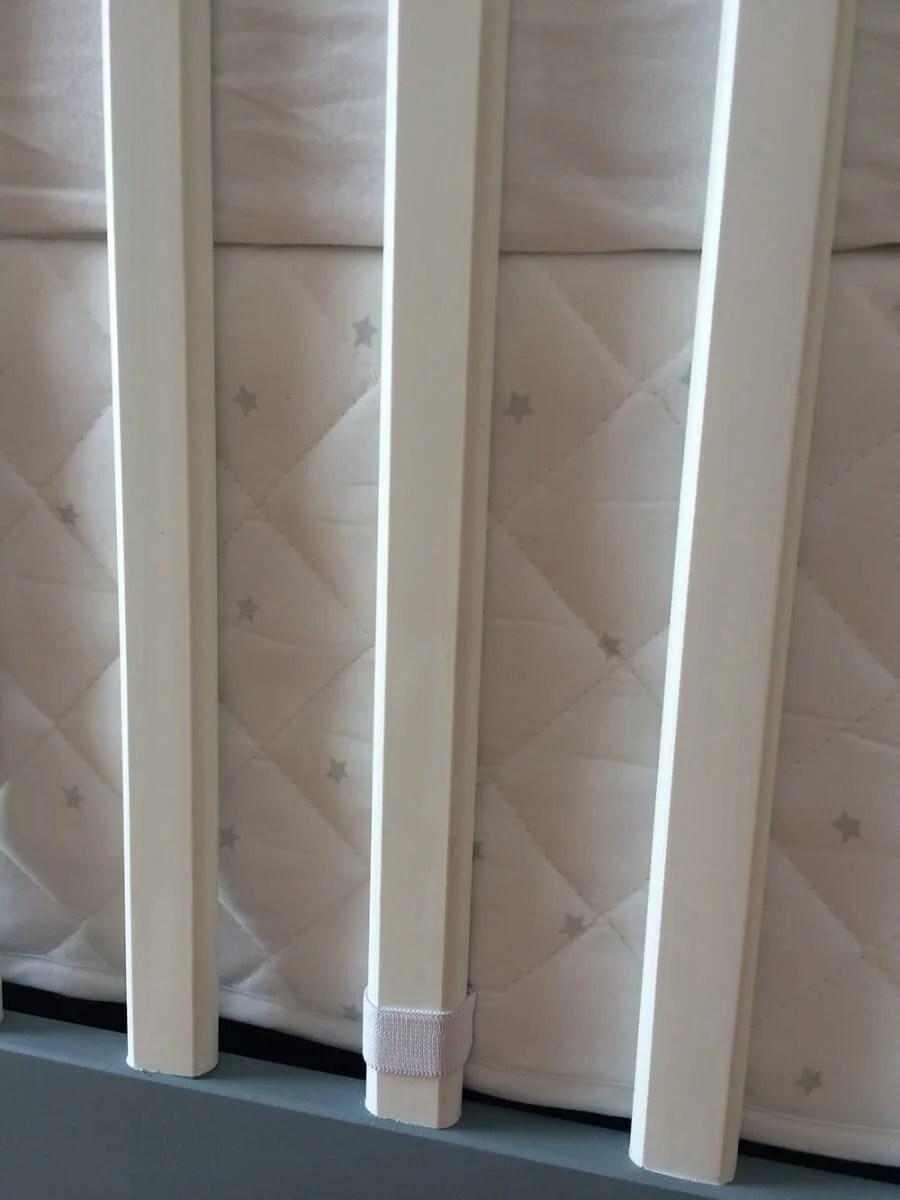 HIMMELSK bumper pad bumper pad to crib skirt - closeup