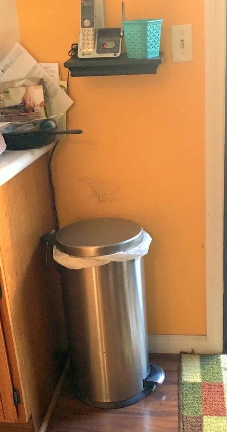 Shelf unit to straddle kitchen trash can?
