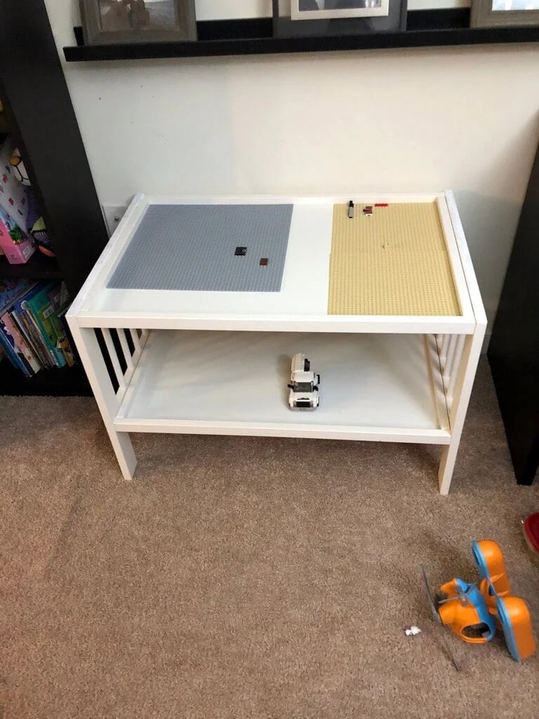 30-minute hack: LEGO tables or kids play tables