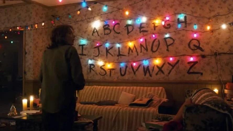 Stranger Things Living Room - Winona Ryder
