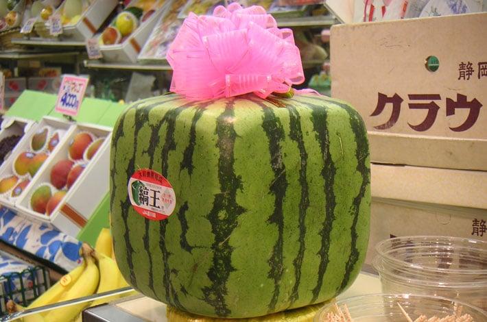 square-melon-white-strawberry-spring-spa-promo
