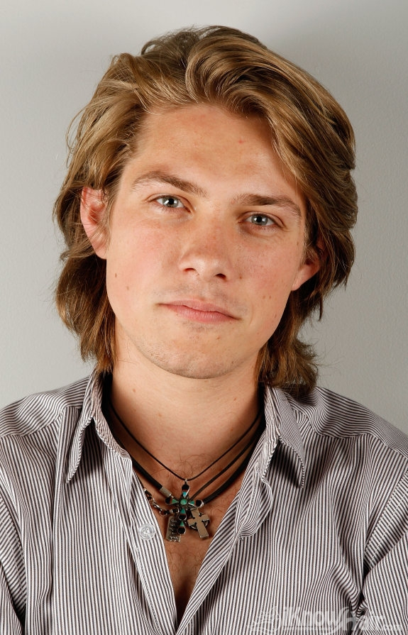Men Long Hair Styles Trendy Long Hair Cuts For Men Men