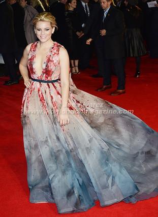 "Elizabeth Banks at the London premiere of The Hunger Games ""Mockingjay - Part 1"" © Joe Alvarez"