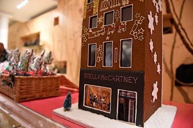 Stella McCartney attends the Stella McCartney Christmas Lights switch on at the Stella McCartney Bruton Street Store on December 7, 2016 in London, England.