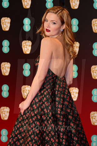 Holliday Grainger at Royal BAFTA 2017 © Joe Alvarez