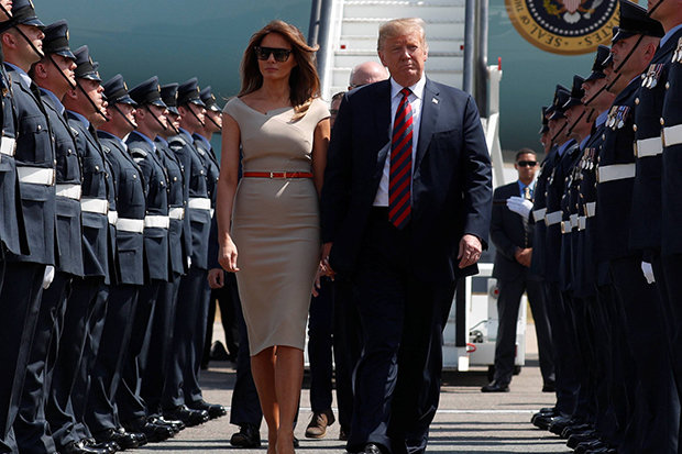 donald-trump-uk-visit-landed-stansted-london-air-force-one-queen-theresa-may-us-president-1391715