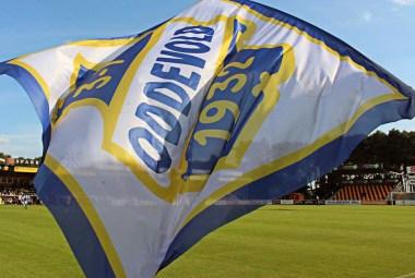 Supporterflagga på Strandvallen. FOTO: Susann Sannefjäll