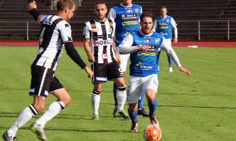 Viktor Mollapolci i matchen mot Landskrona. FOTO: Susann Sannefjäll