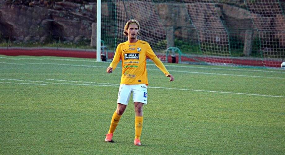 Alexander Hedlund i DM-finalen mot Kungshamn. FOTO: Susann Sannefjäll