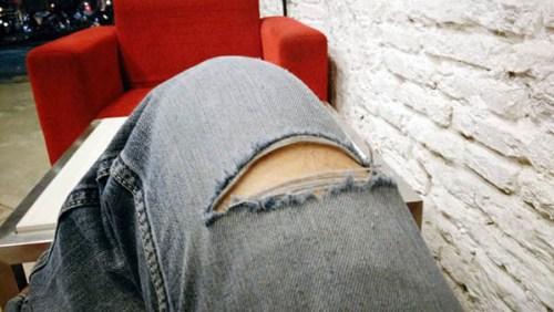 Style Celana Jeans Robek-Robek