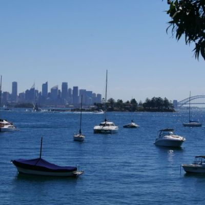 View Harbour in Sydney from the Hermitage Foreshore walk