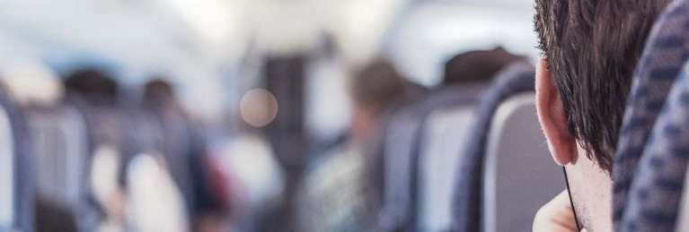 KLM economy comfort standaard stoel exit row middle seat gangpad